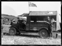 A mobile canteen at the Anzac Horse Show, World War I