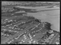 Selwyn Village, Point Chevalier, Auckland