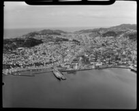 Wellington, showing Courtenay Place and harbour