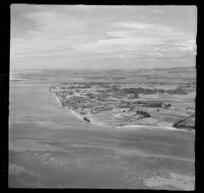 Tauranga, including Otumoetai in the foreground