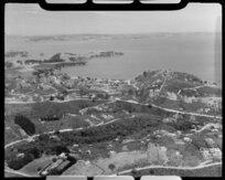 Surfdale, Waiheke Island, Auckland, showing Huruhi Bay
