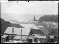 The waterfront, Kawhia, Waikato region, with St Elmo boarding house in foreground - Photograph taken by Jonathan Ltd