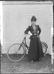 NZ women and their bicycles