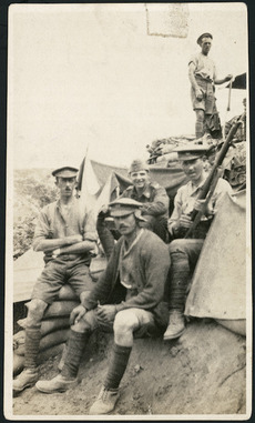 Group of New Zealand soldiers