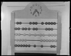 ICT abacus and clock