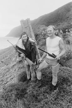 Kapiti Island opossum hunters, Geoff Alexander and Bob Cairns