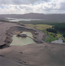 Mining ironsands at Taharoa