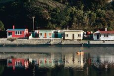 New Zealand recreation: baches