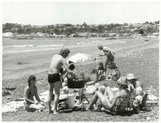 Barbeque on Westshore beach, Hawke's Bay