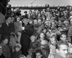 Polish refugee children