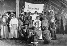 Kīngitanga fife-and-drum band, Waahi,1902