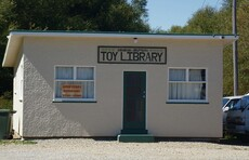 Omakau's toy library