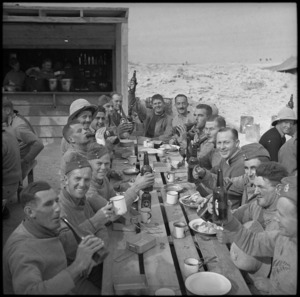 Soldiers eating a meal outdoors, Egypt