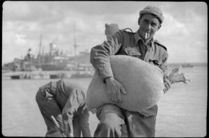 New Zealand Engineers build wharf in Tobruk, World War II