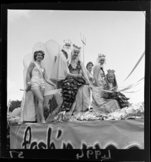 Parade of floats, Paraparaumu