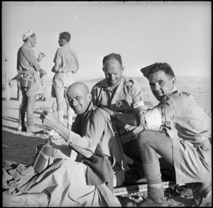 Wounded New Zealander appears cheerful, Minqar Qaim, Egypt - Photograph taken by H Paton