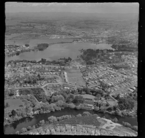 Hamilton, showing Waikato River and Lake Rotoroa