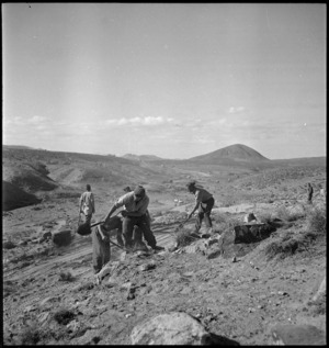 NZ engineers working on the route between Tahuna and Azizia, Libya, World War II - Photograph taken by H Paton