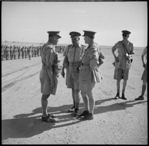 General Auchinleck talking to Brigadier L M Inglis and General Freyberg, Baggush