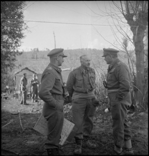 Brigadier Weir, Brigadier Parkinson and General Freyberg confer on Sangro River Front, Italy, World War II - Photograph taken by George Kaye