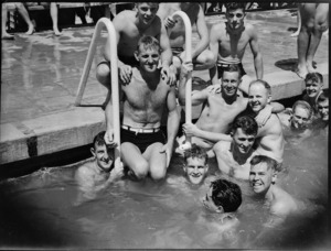Group attending 5 NZ Field Regiment's swimming sports at Maadi Baths, Egypt - Photograph taken by George Kaye