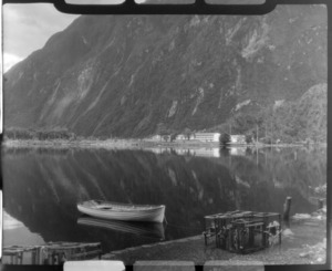 Hotel, Milford Sound, Southland District