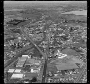 Penrose, Auckland, with Penrose High School on the right