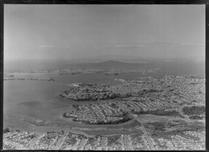 Point Chevalier to Auckland City and Harbour, with Westhaven Marina Harbour Bridge construction site to Devonport and North Head beyond