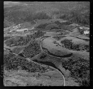 Raurimu Spiral, Ruapehu District, includes railway line and bush