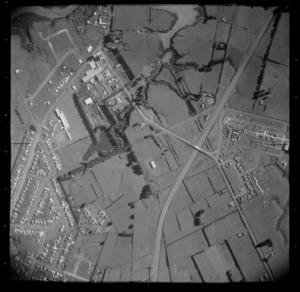 Dominion Breweries Ltd factory on Bairds Road and the Auckland-Hamilton Motorway, Otahuhu, Auckland City
