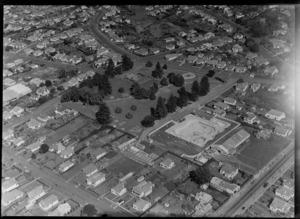 Onehunga Borough Council Swimming Baths, Auckland, including surrounding area