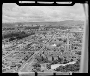 Rotorua City and Government Gardens with Rachel Pool and Hinemoa Street in foreground, Bay of Plenty Region