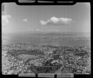 Grafton Road Bridge and Auckland Hospital, waterfront and Parnell looking to Devonport and the Waitemata Harbour entrance beyond, Auckland City