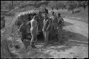 Prime Minister Peter Fraser talking to K Section members, 2 Divisional Signals near Sora, Italy, World War II - Photograph taken by George Bull