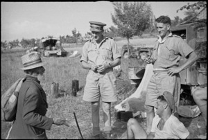 Old Italian man talking to New Zealand Artillery personnel in the Sora area, World War II - Photograph taken by George Kaye