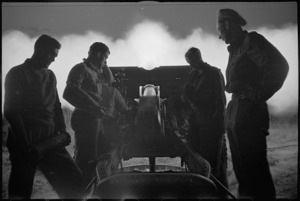 Close up view of New Zealand 25 Pounder firing at night near Sora, Italy, World War II - Photograph taken by George Kaye