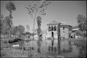 House on the Fibrino River used as New Zealand Divisional water point, Italy, World War II - Photograph taken by George Kaye