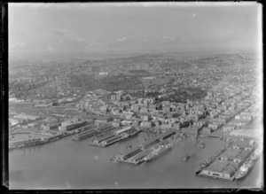 Auckland wharves, showing Auckland City with Auckland War Memorial Museum in the background