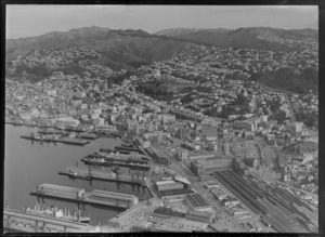 Wellington City, including shipping and railway station