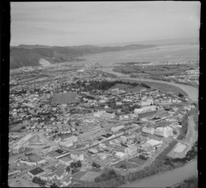 View south over High Street, Lower Hutt City CBD, with the Hutt River, Hutt Recreational Ground and Hutt Valley High School to Wellington Harbour beyond