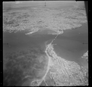 Auckland City, including construction of the Auckland Harbour bridge