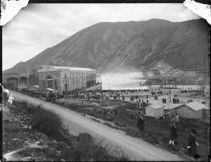 Crowd at the Waitaki hydro-electric power station and spillway