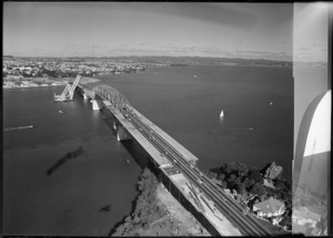 Extensions to Auckland Harbour Bridge
