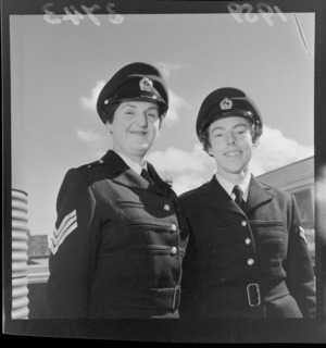 Two unidentified New Zealand Army welfare officers about to leave for Malaya