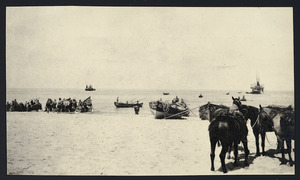 Landing stores on the beach, Palestine campaign