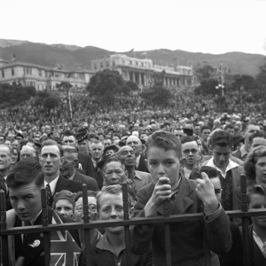 Crowd at the official VE celebrations, Parliament Buildings, Wellington