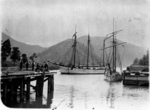 Sailing ships, Brownlee's wharf, Havelock