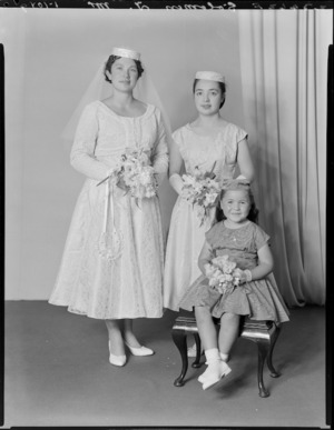 Unidentified bride and attendants, probably Solomon family wedding