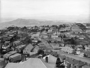 Part 2 of a 4 part panorama looking over the suburb of Brooklyn, Wellington