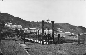 Davis, William Henry Whitmore :Photograph of the Hobson Street Bridge, Thorndon, Wellington